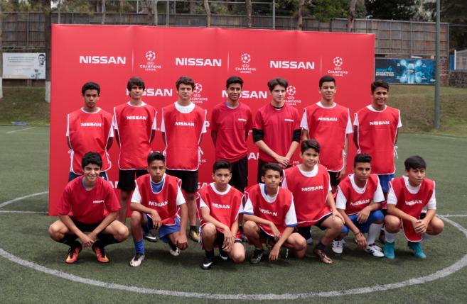 jovenes-semifinalistas-para-estar-en-la final-champions-league
